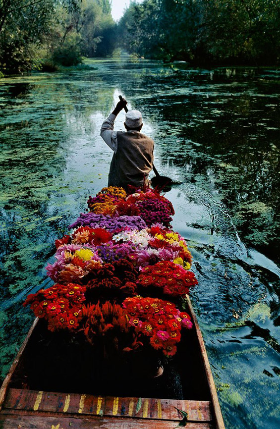 flowerseller Steve McCurry