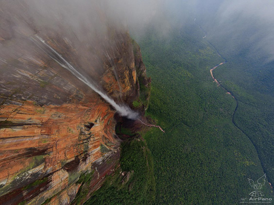 Angel-Waterfall-of-Venezuela